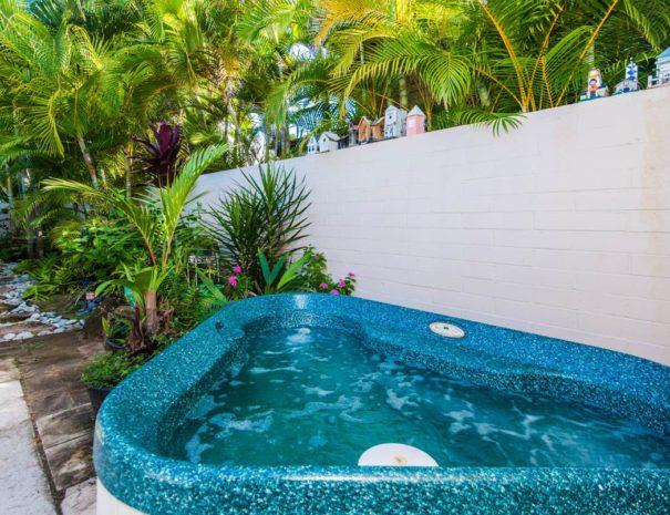 KailuaBeachHouseWPool13